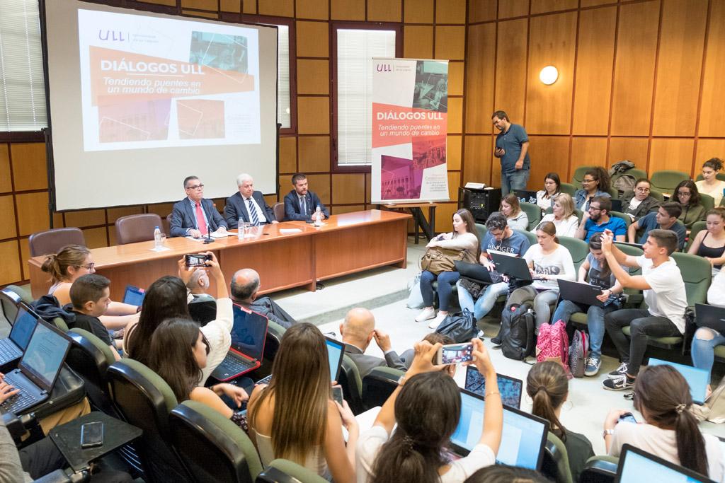 Resultado de imagen de Amid Achi presenta en la Universidad de La Laguna las claves de su éxito