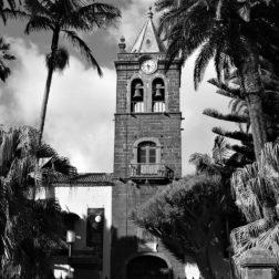 1200px-Antiguo_convento_de_San_Agustín,_luego_Instituto_de_Canarias,_hoy_museo,_en_la_ciudad_de_La_Laguna,_Tenerife,_Canarias,_España